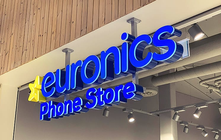 led skylt i blått euronics Phone Store